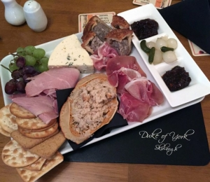bar-snack-board
